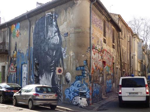 Dire 132 (Rue de Bourgogne, 2015)