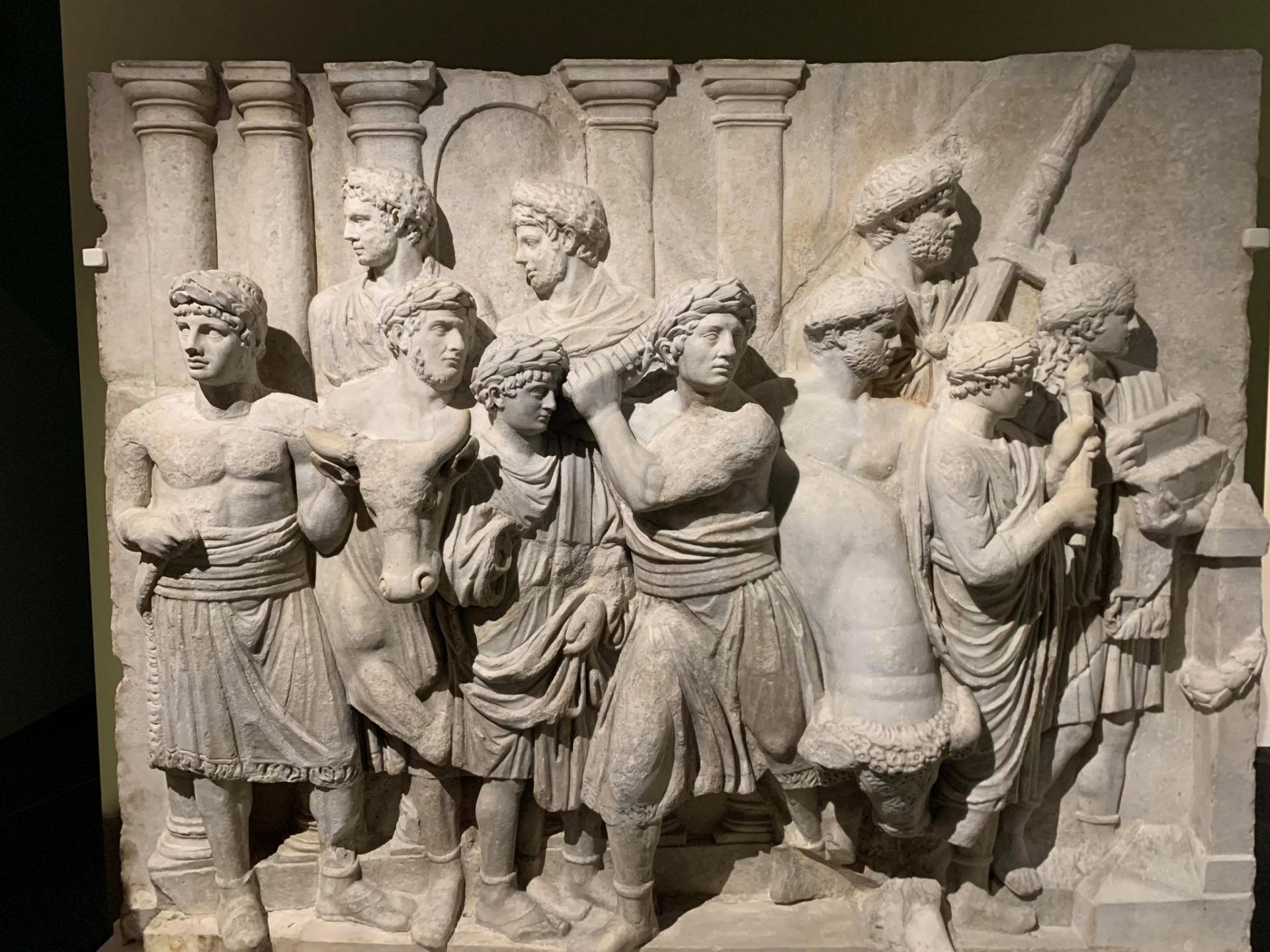 L empereur romain un mortel parmi les dieux 9