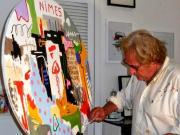 Michel tombereau lartiste a loeuvre dans son atelier