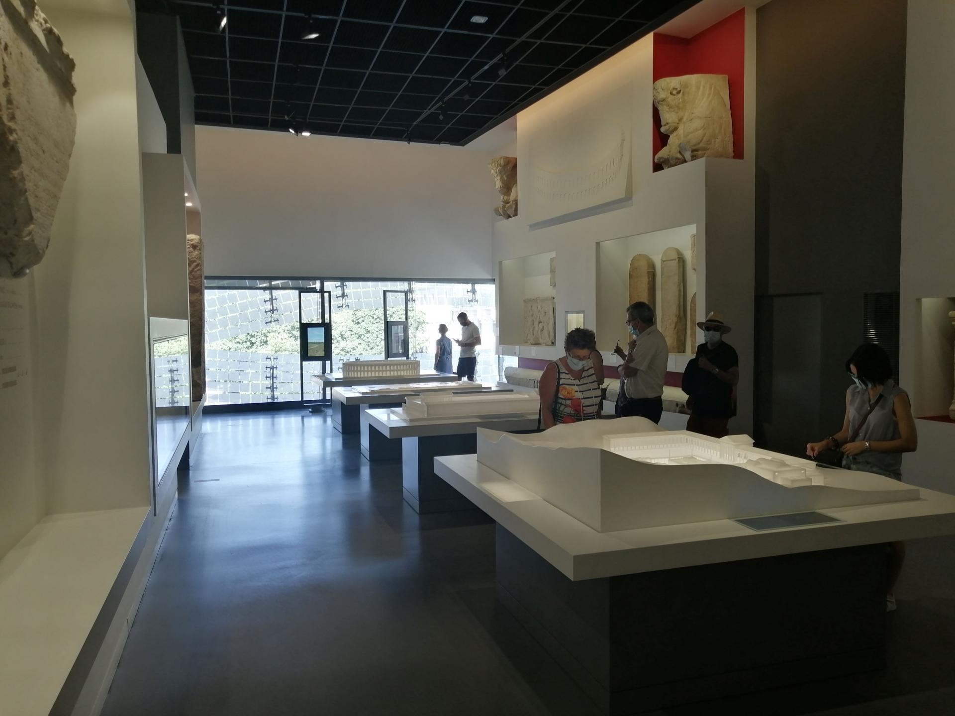 Musee de la romanite 10