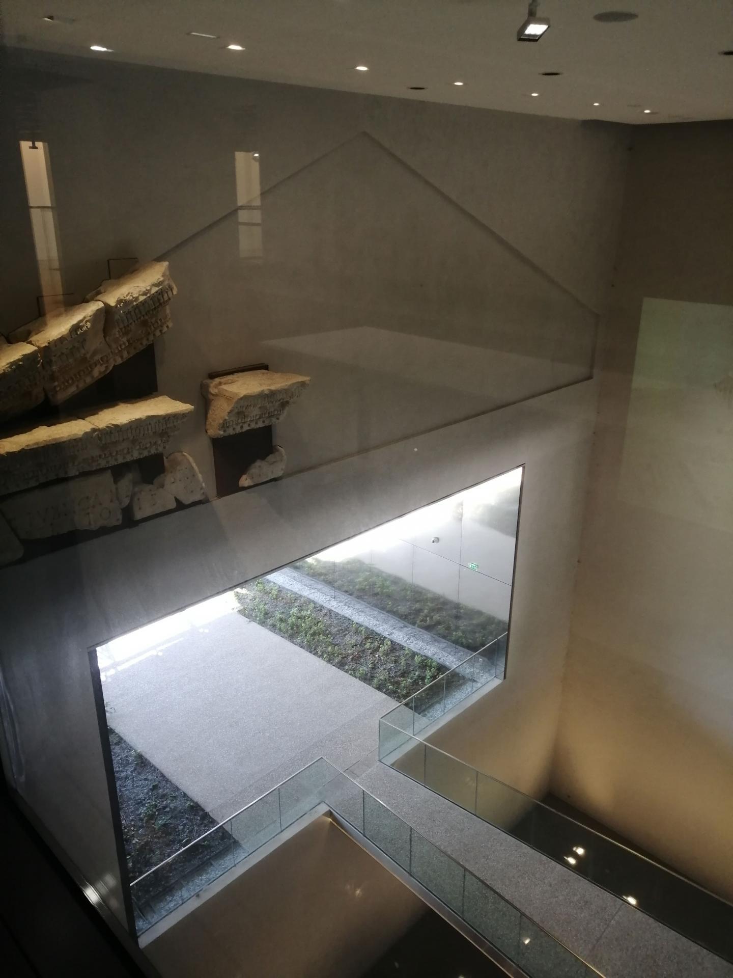 Musee de la romanite 11