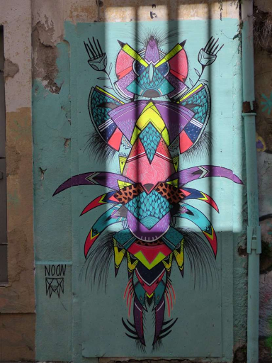 'Totem', Noon (Rue Clérisseau, 2017)